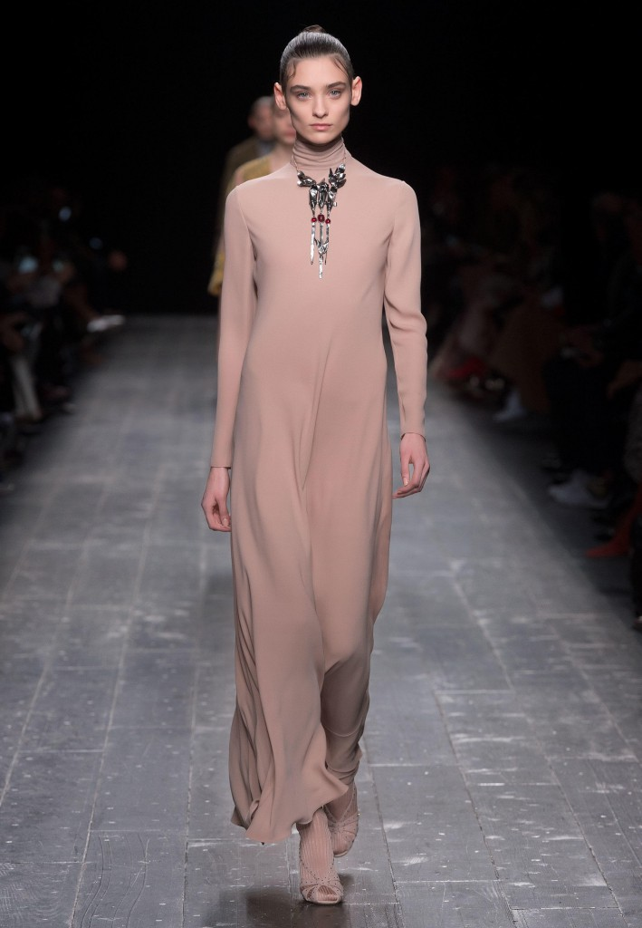 Valentino_Fall_Winter_a_couple_wedding_journal_14