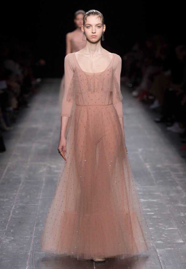 Valentino_Fall_Winter_a_couple_wedding_journal_2
