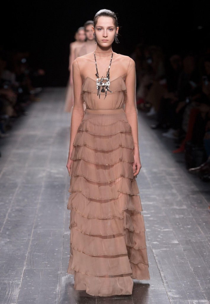 Valentino_Fall_Winter_a_couple_wedding_journal_5