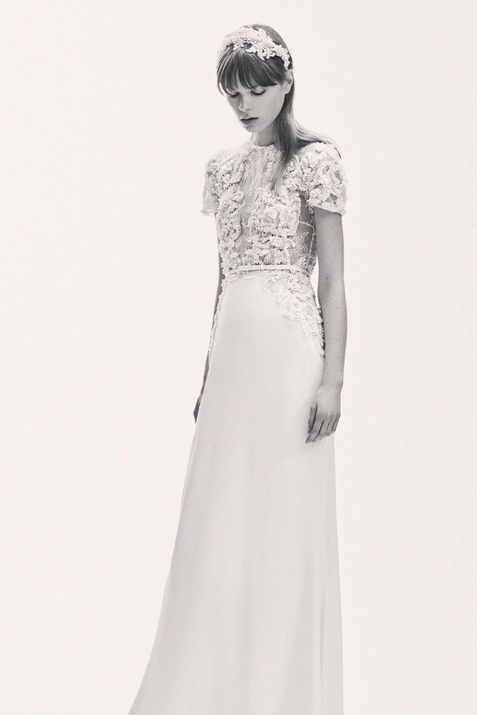 elie_saab_bridal_2017_a_couple_wedding_journal_10