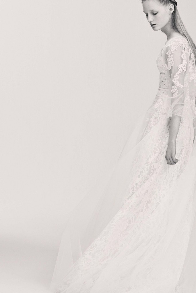 elie_saab_bridal_2017_a_couple_wedding_journal_8